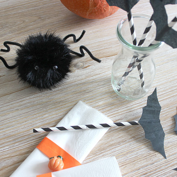 Decorazione di Halloween cannucce nappe