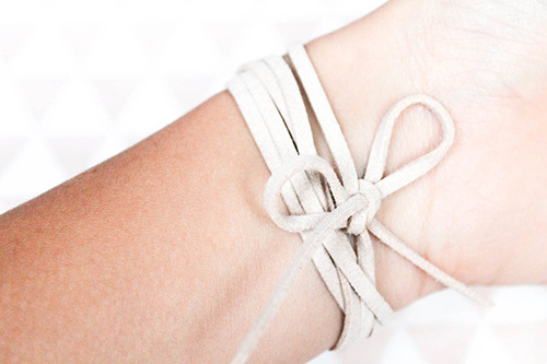 diy_bracelet_wrap_suedine_8_of_10_copyok