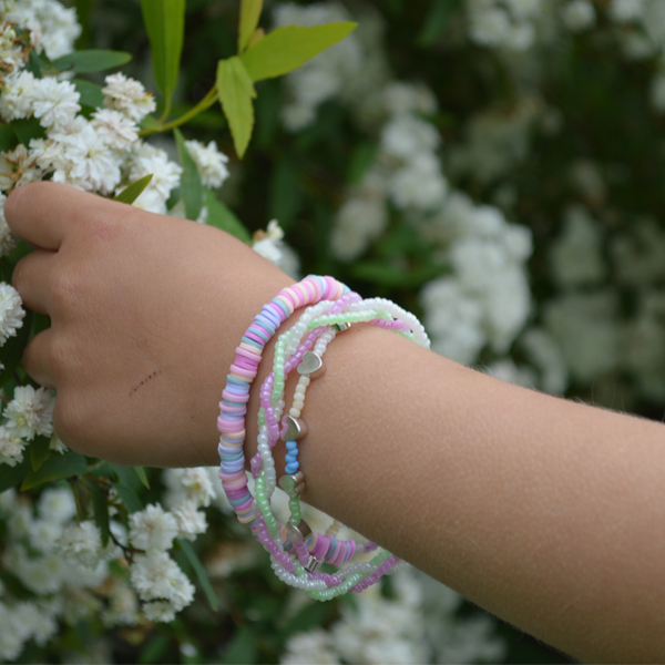Kid bracelet in seed beads and heishi