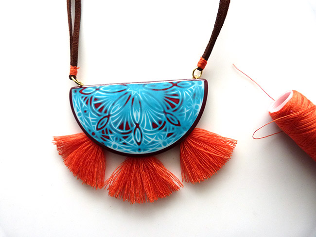 collier-tampon-mandala-polymere-pompons-13