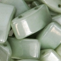 Perline in vetro Carrier Bead 2 fori 9x17 mm Opaque Light Green Ceramic Look x10