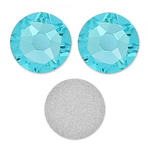 Strass da incollare Swarovski mm. 5 Light Turquoise x36