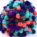 Nastro pompons XL 45 mm Multicolore Aqua/Mint/Green/Coral x1m